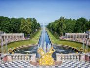 excursion to Peterhof lower Park and great Palace