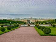 excursion to Peterhof lower Park and the Monplaisir Palace