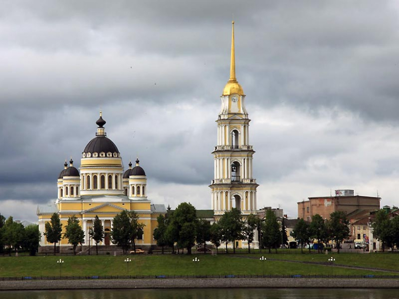 Transfiguration Cathedral in Rybinsk - photo of russia